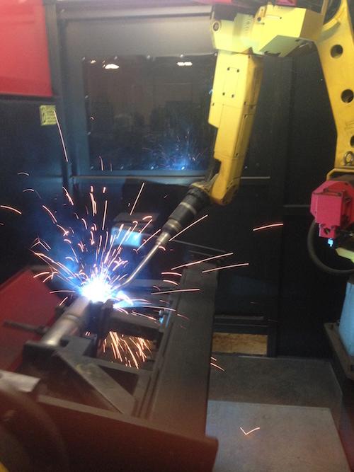 robot-welder-at-sharpsville-container
